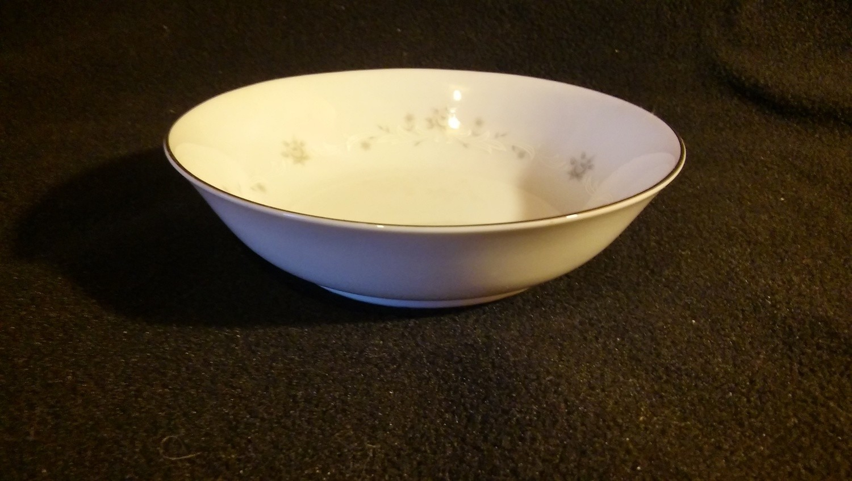"Sango China, Fruit - Dessert - Sauce Bowls 5 1/2"", Julie Pattern #6184"