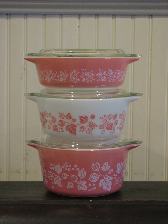 Pyrex Casserole, Cinderella Bowls With Lids. #471, 472, 473