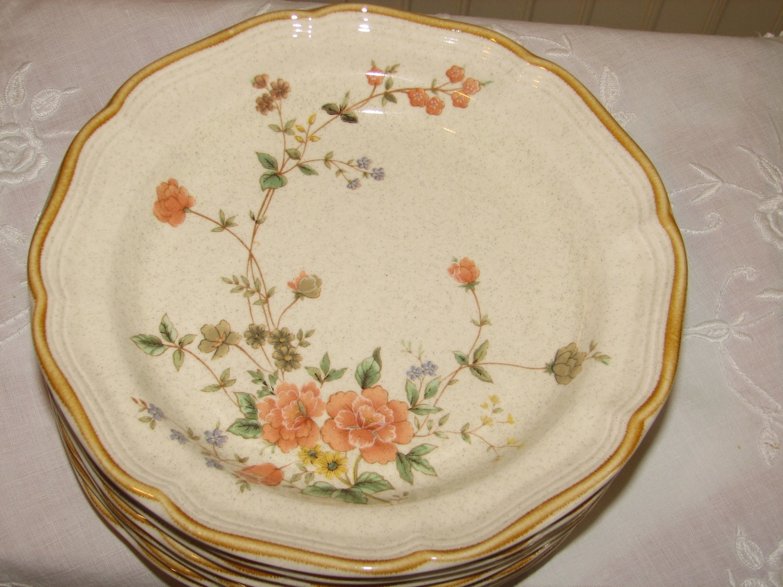 "Mikasa Salad Plates, Silk Bouquet, EC 463 8"""