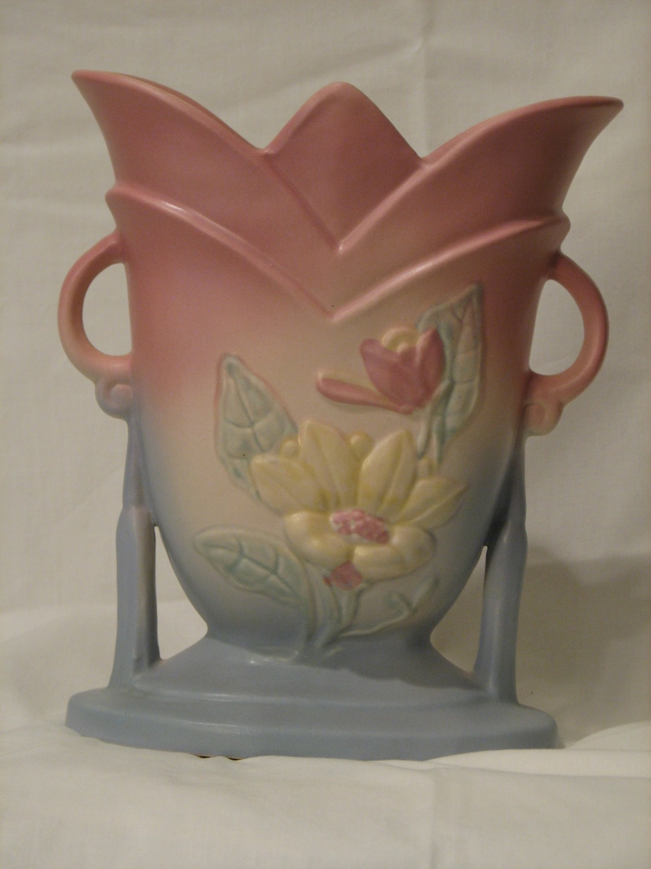 Hull Art Magnolia Matte Vase 7- 81/2