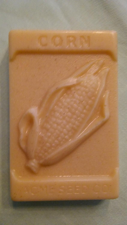 Pure Country Essentials Soap, Goats Milk, Honey & Vanilla Fragrance, Corn Cob Design