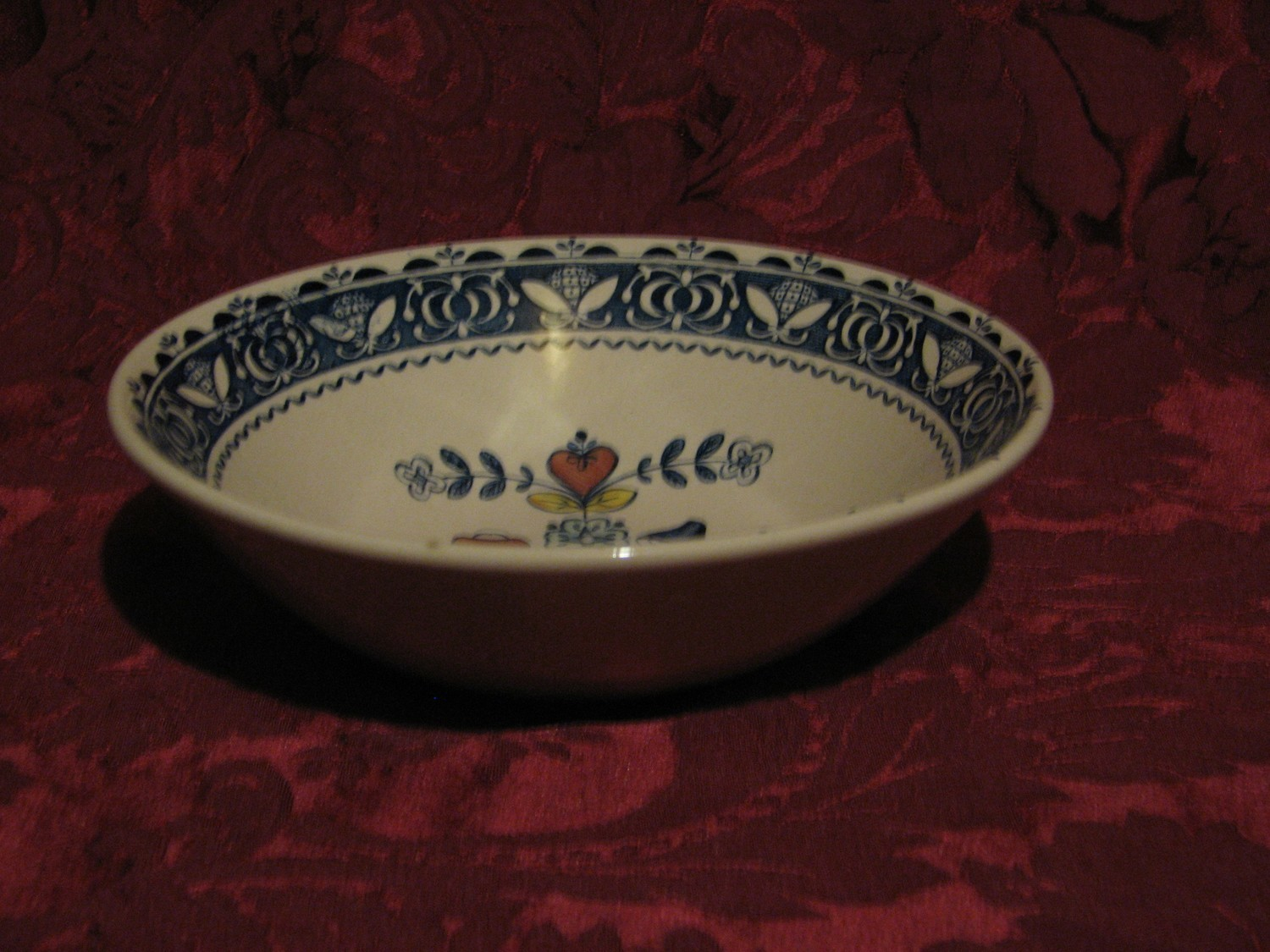 Johnson Brothers, Hearts & Flowers, Coupe Cereal Bowl