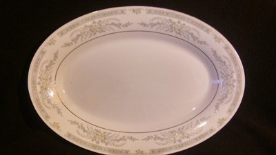 """Crown Ming Fine China, Oval Serving Platter 14 1/8"""", Diana Pattern #1273"""