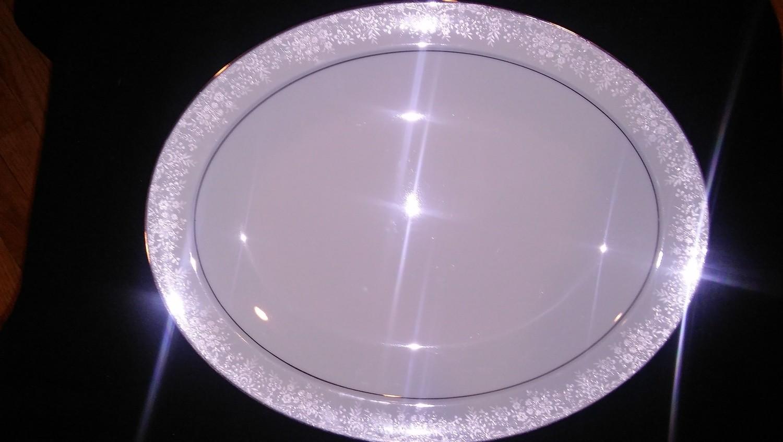 "Noritake China, Fidelity Pattern #8003W81, Oval Serving Platter 13 3/4"""