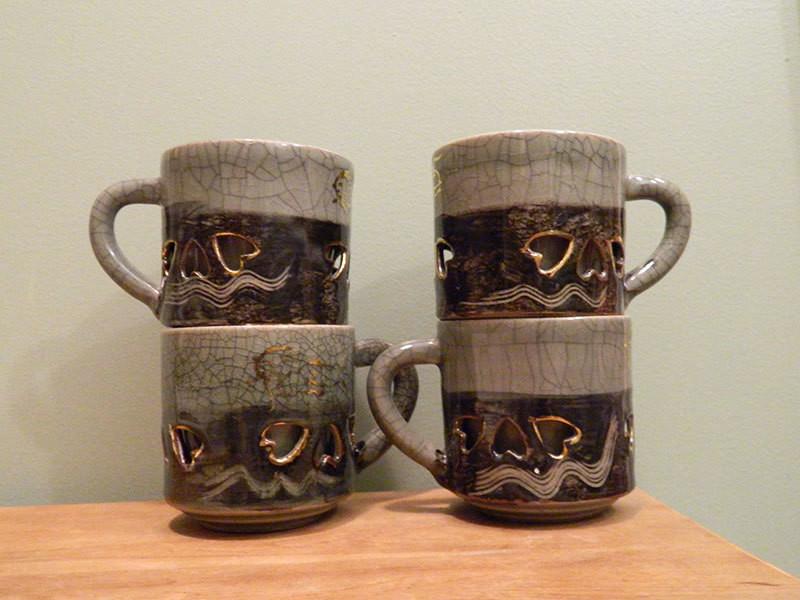 Signature Somayaki golden horse motif tea cups.