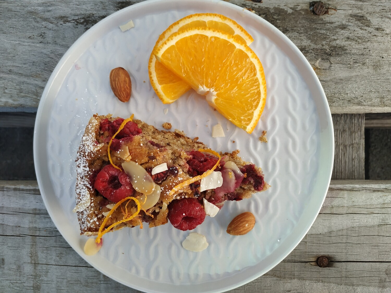 Almond raspberry orange cake