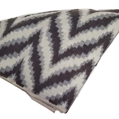 "Throw Blanket Grey White Plush Warm 50"" x 60"" inches Zigzag Pattern"