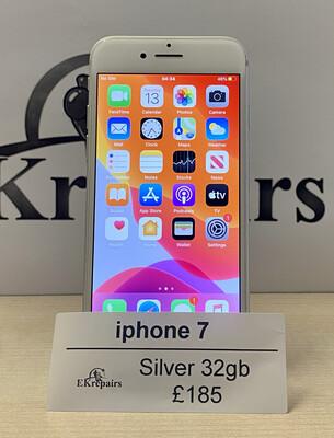 iPhone 7  Silver - 32GB