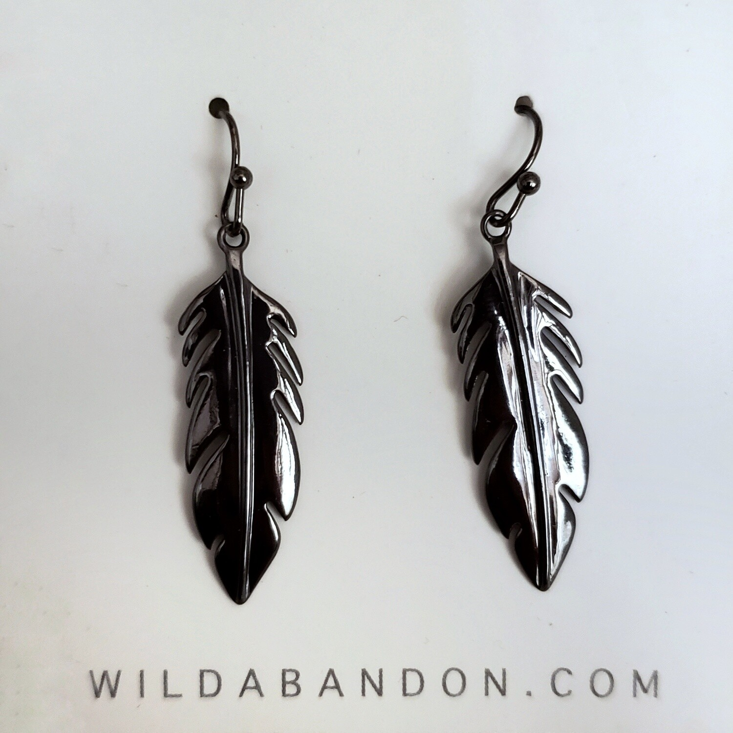 Wild Abandon Dangly Smooth Feather Earrings - Black