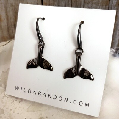 Wild Abandon Dangly Whale Tail Earrings - Black