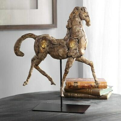 17585 caballo dorado sculpture