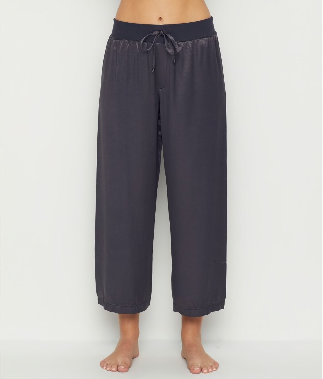 PJ Harlow Jolie Capri Satin Pants Navy L