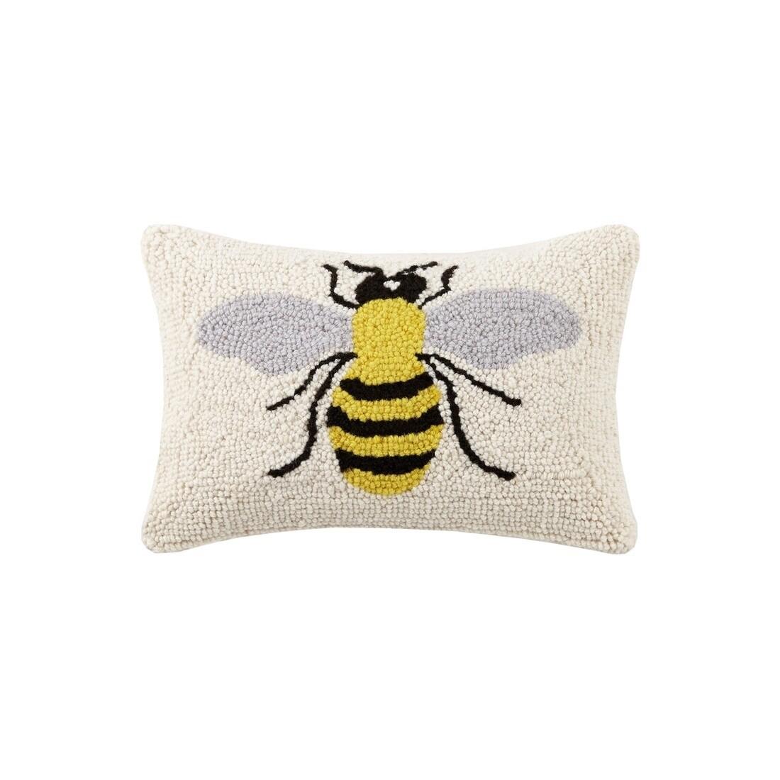 HP bee pillow 8x12