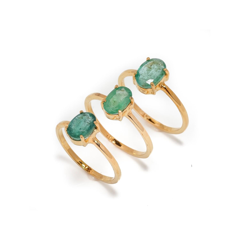 Solitare Ring - Emerald - 6,6.5,7⌀ (14KT)