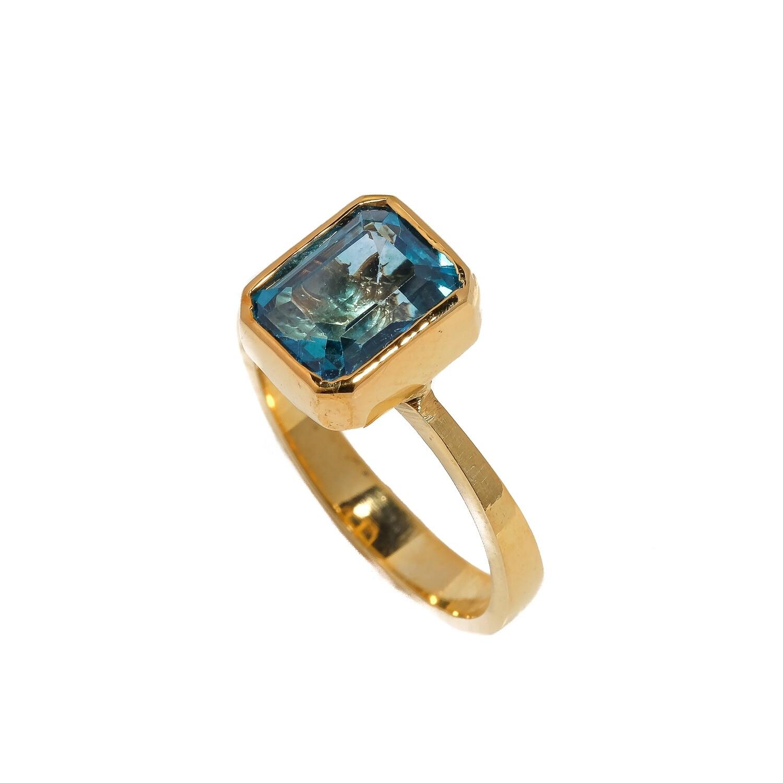 The Elemental Bezel Ring - Topaz - 7⌀ (Vermeil)