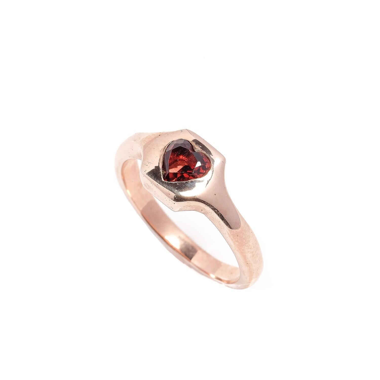 Elemental Signet Ring - Heart Garnet - 7⌀ (Vermeil)