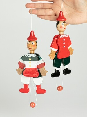 Marionnette de Pinocchio plate