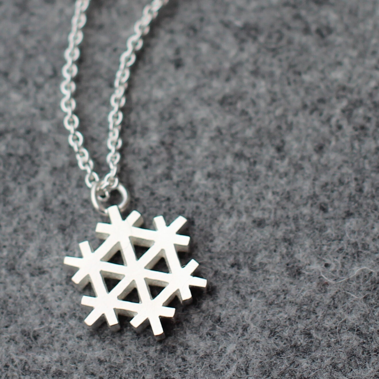 Halsband - snöflinga