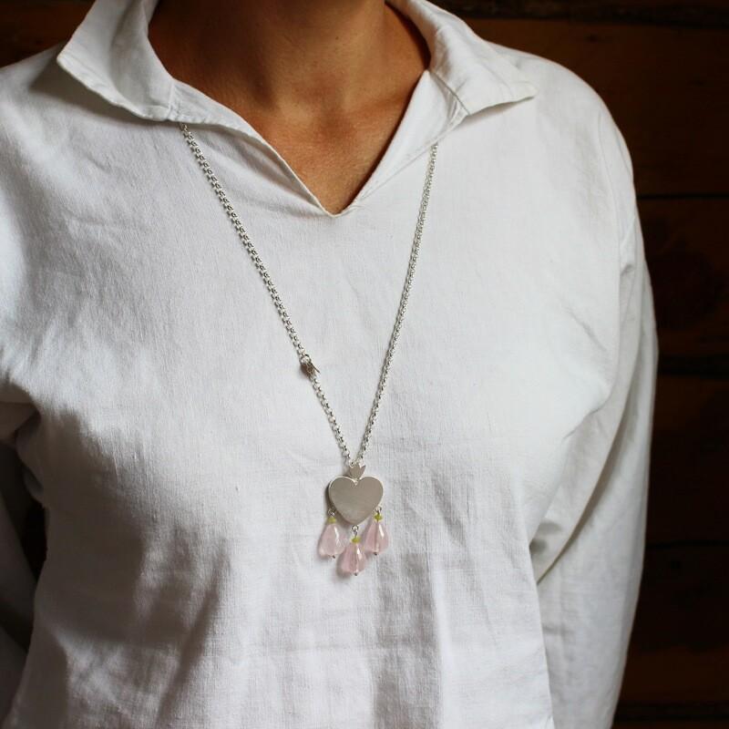 Halsband - hjärtapärla