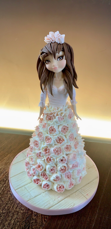 EMMA - Doll cake