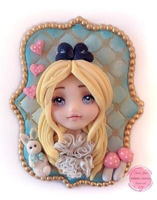 Alice in Wonderland modelling class