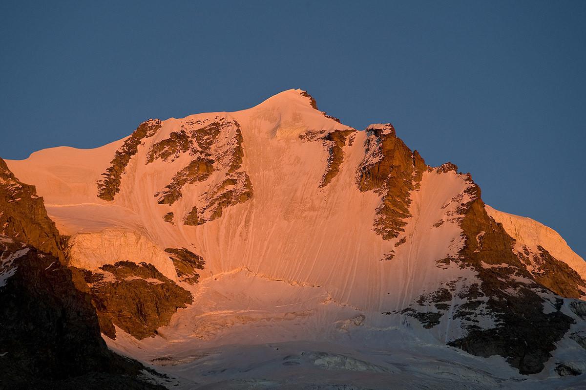 Gran Paradiso - parete Nord al tramonto