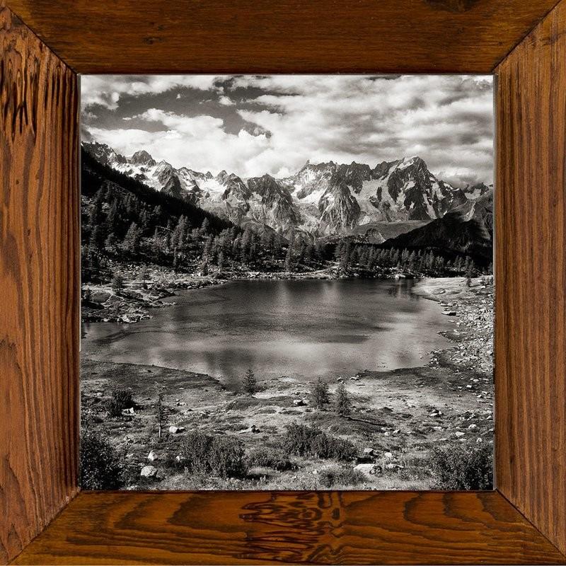 Lago d'Arpy, sullo sfondo Monte Bianco