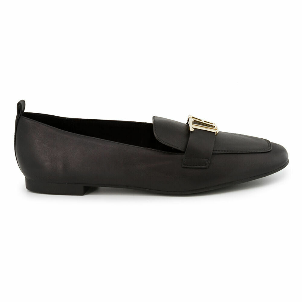 Tommy Hilfiger Polished Leather Pointed Toe Loafers