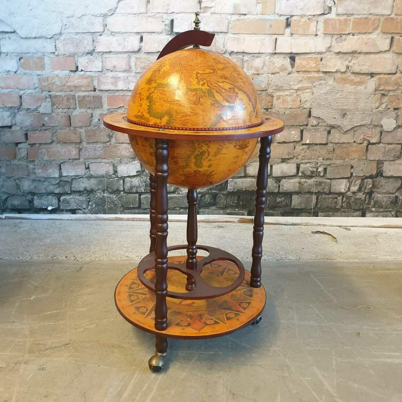 Bar Globe