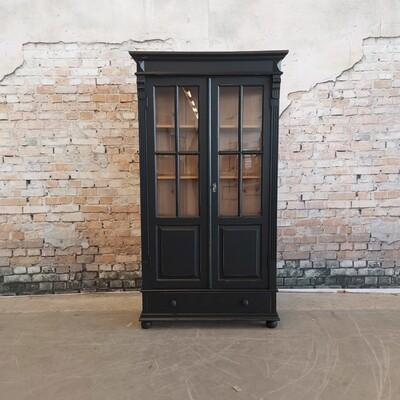 Grenen vitrinekast Oud zwart
