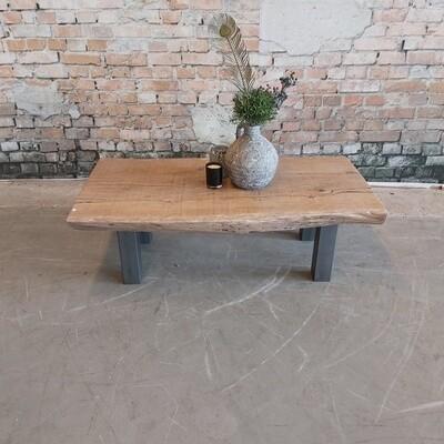 Eikenhouten Boomstamsalontafel ( 1m30)- grijze metalen poten