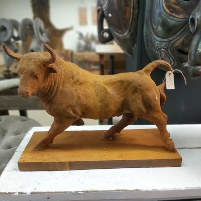 Rusted Solid Bull