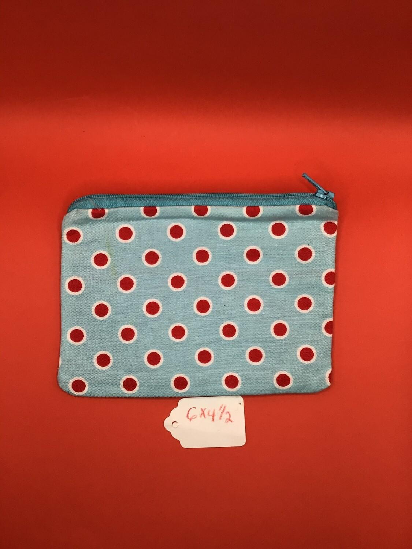 Red dots zipper wallet