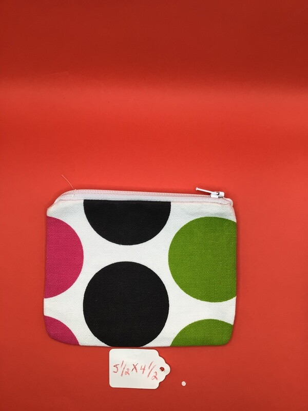 Big dots zipper wallet