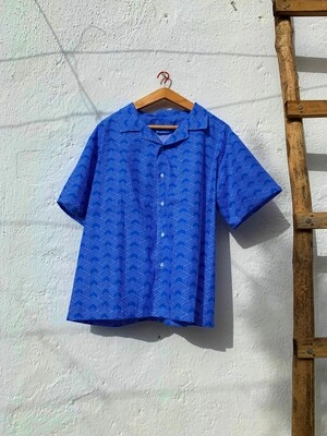 Camisa Theresa geometría azul