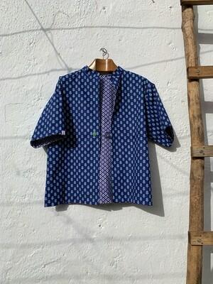 Blusa reversible azul/blanca