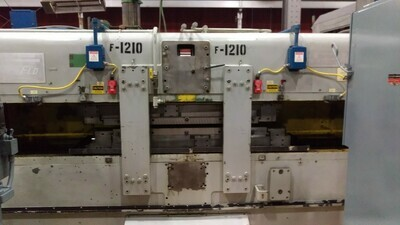 ​1 - USED 3251 EXCELLO SPLINE ROLLER