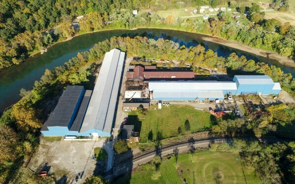 200,000 SQ. FT. WAREHOUSE AVAILABLE