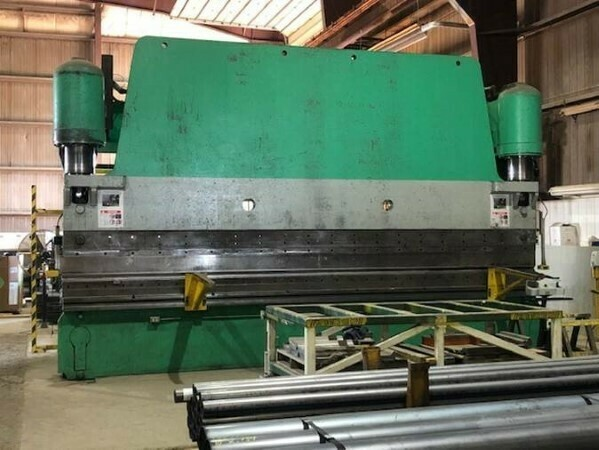 1 - USED 500 TON X 20' PACIFIC CNC HYDRAULIC PRESS BRAKE