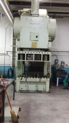 1 - USED 200 TON CLEARING GAP FRAME PRESS