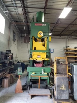 ​1 – USED 150 TON NIAGARA E-150 POWER PRESS PRESS
