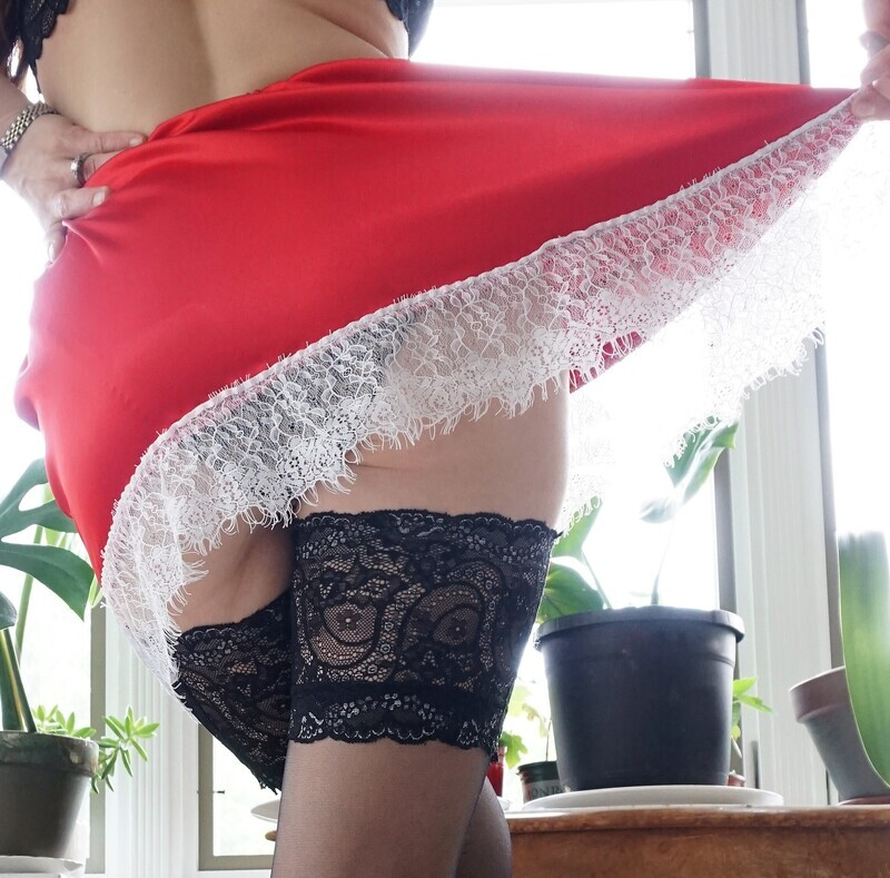 All satin CHRISTMAS Red mini French Budoir with Lace trim Vintage Style Sissy half slip lingerie skirt OS