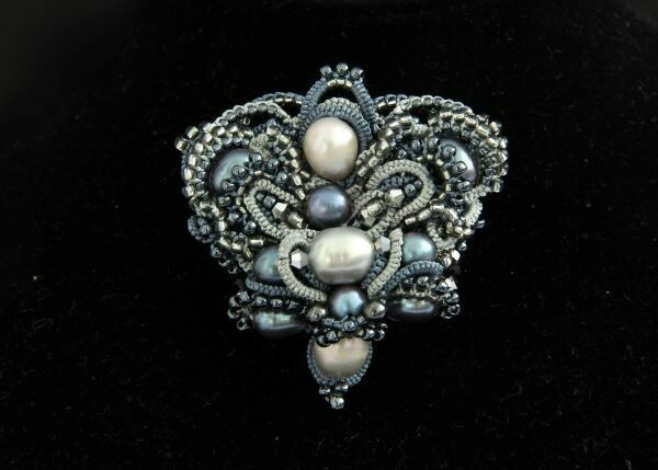 "Designer brooch with pearls ""Heart New"""