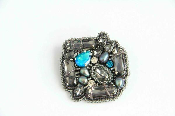 Brooch with crystals