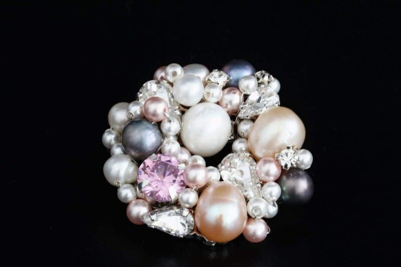 Brooch with crystals and natural pearls