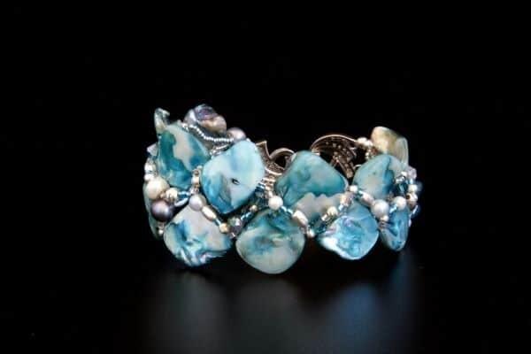 Bracelet made of natural stones