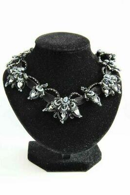 "Necklace ""Black Lily"""