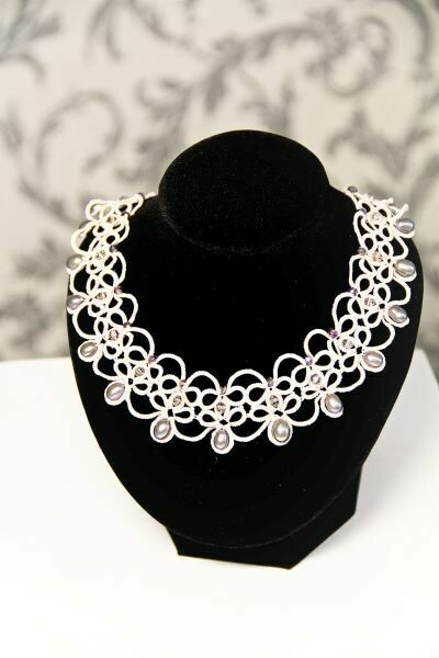"Necklace with pearls lace ""Romance"""