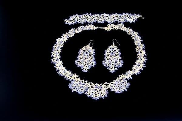 "Jewelry set ""Cream openwork"""