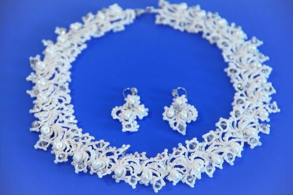 "Set of lace jewelry ""Winter's Tale"""
